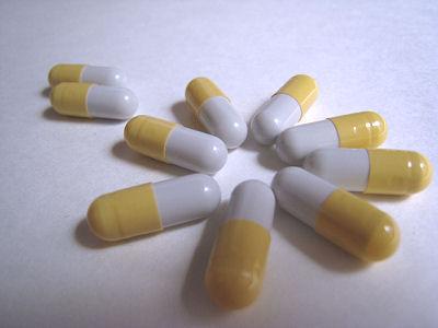 写真はイメージです。実際に飲んでいる薬ではありません